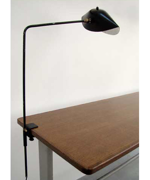 designer-serge-mouille-lampe_agrafe_desk_lamp_with_a_clip