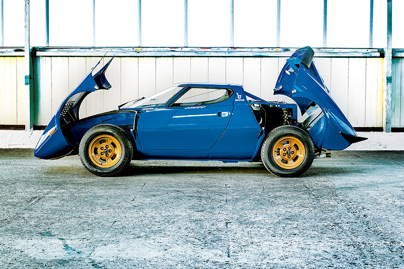 Lancia_Stratos_Stradale_05pop